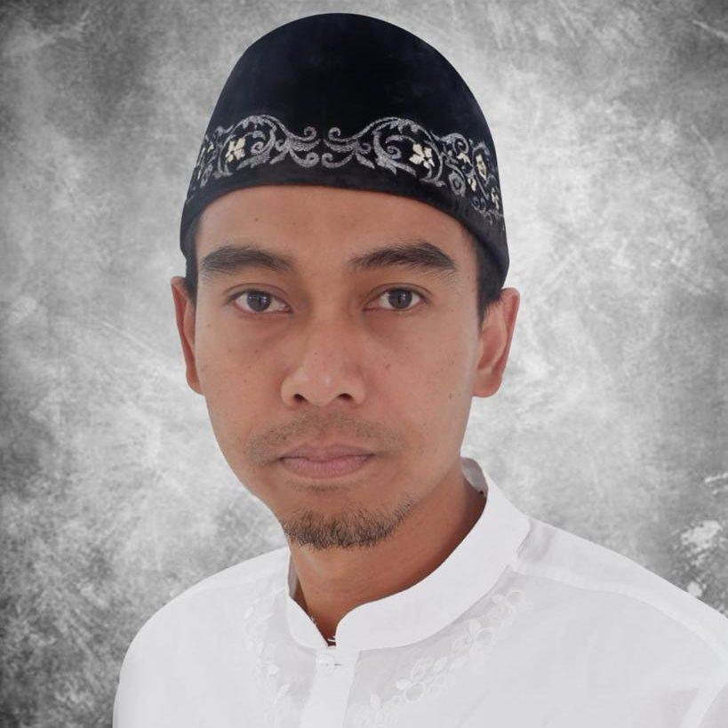 H. Ikhsan Fahmi Nur Fauzi (Ketua Travel Umroh & KBIH)